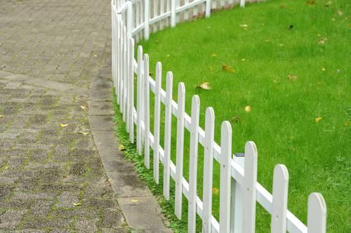 Pose de clôture près de Béthune: clôture alu, PVC. Installation ...